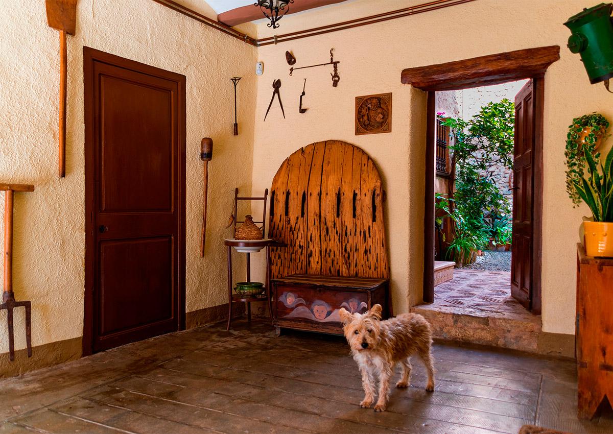 A l'entrada de la casa, trobareu tota la informació sobre els principals punts d'interès de la nostra zona